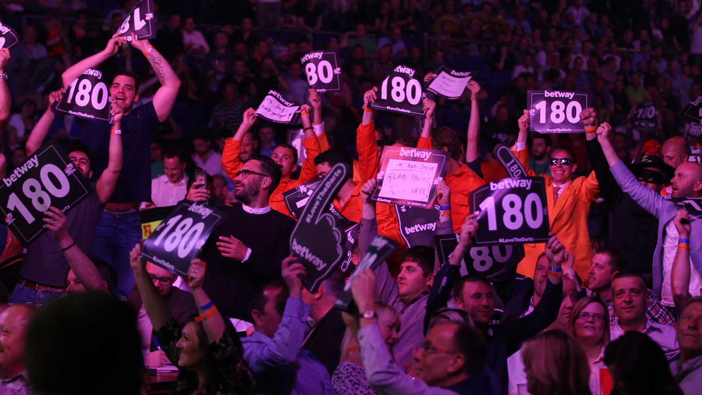 1366 x 768 Betway PL Crowd