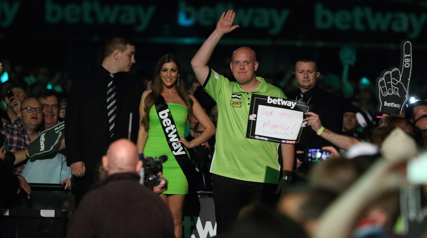PDC PREMIER LEAGUE DARTS 2016 FINAL , PICS:CHRIS SARGEANT, TIP TOP PICS LTD, MICHAEL VAN GERWEN, ADRIAN LEWIS,